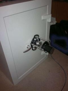 Tresoröffnung mit Dialer